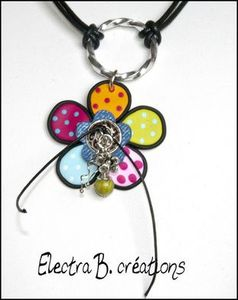33755773-Collier-fleur-patchwork-Noir