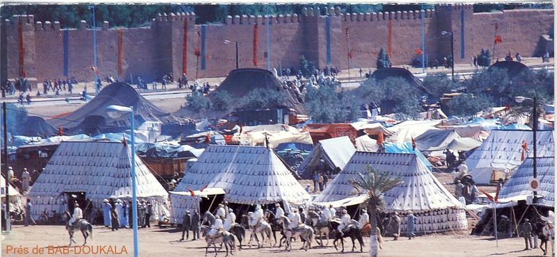 25-PHotoTentes- PCCM - pht prés de Bab-Doukala visite du Roi
