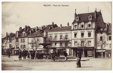 01 - BELLEY - Place des Terreaux