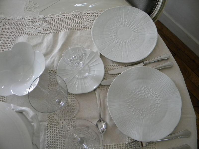 D 233 Licate Porcelaine 224 Limoges De La Cave Au Grenier