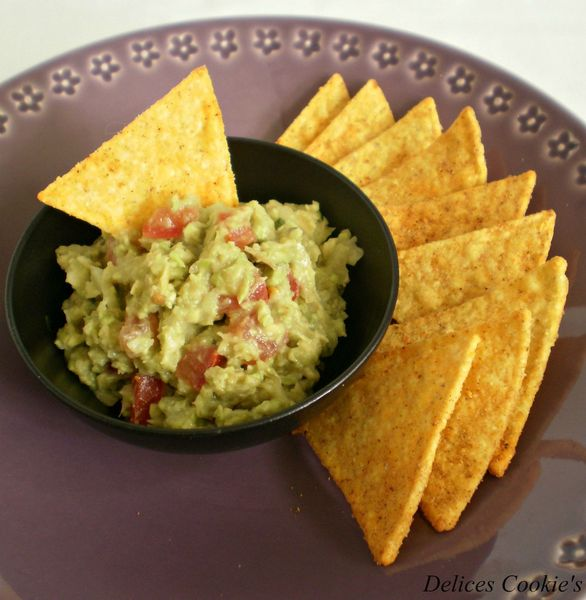guacamole tortilla chips 1