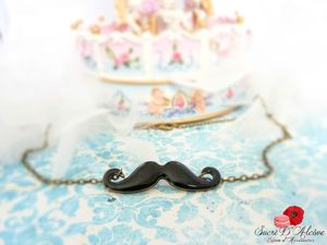 Collier Mr Moustaches (2)