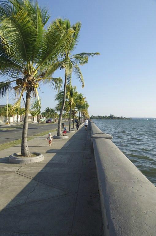 Cuba - Cienfuegos (19 sur 92)