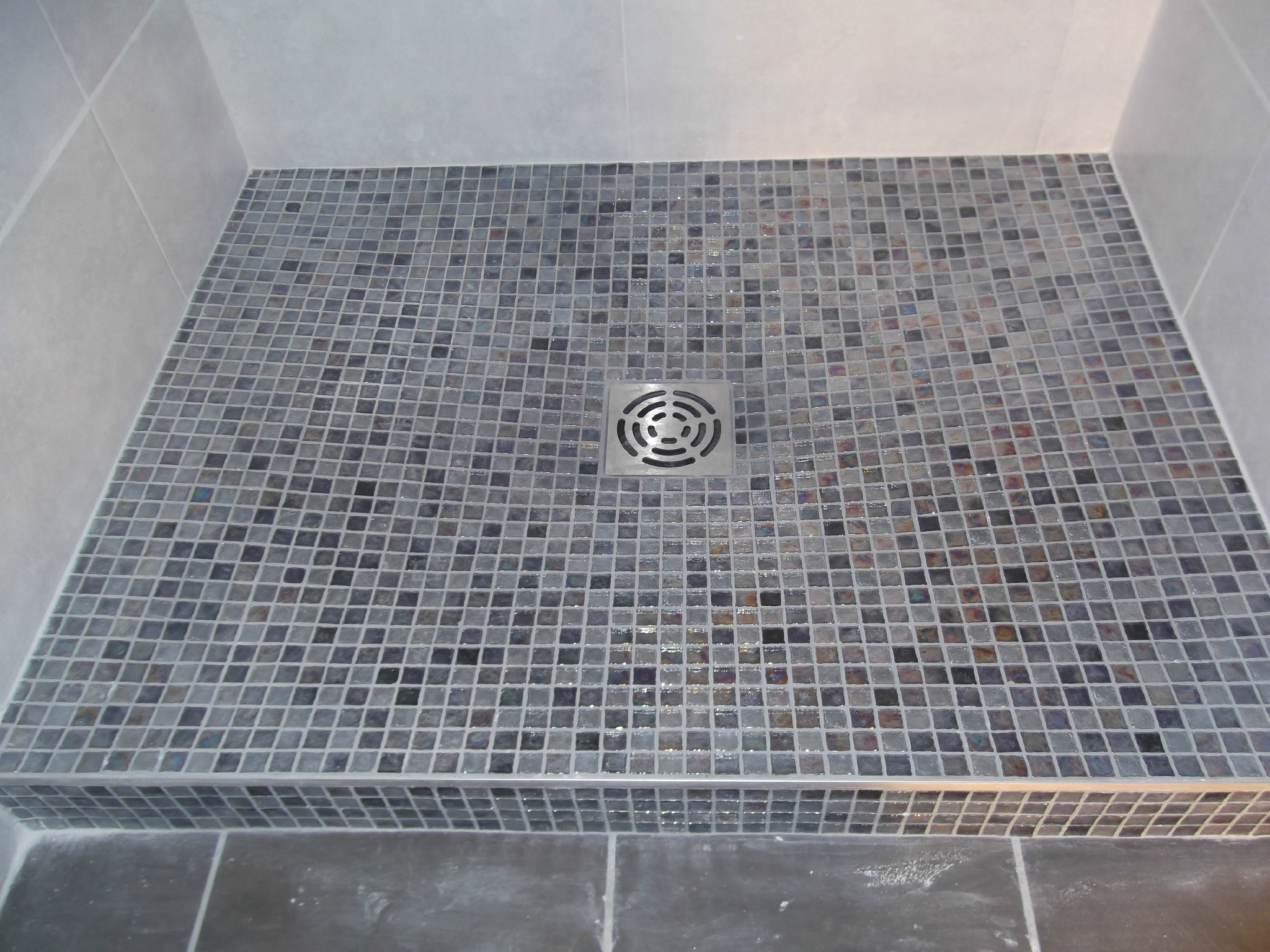 Carrelage sol douche for Exemple salle de bain carrelage