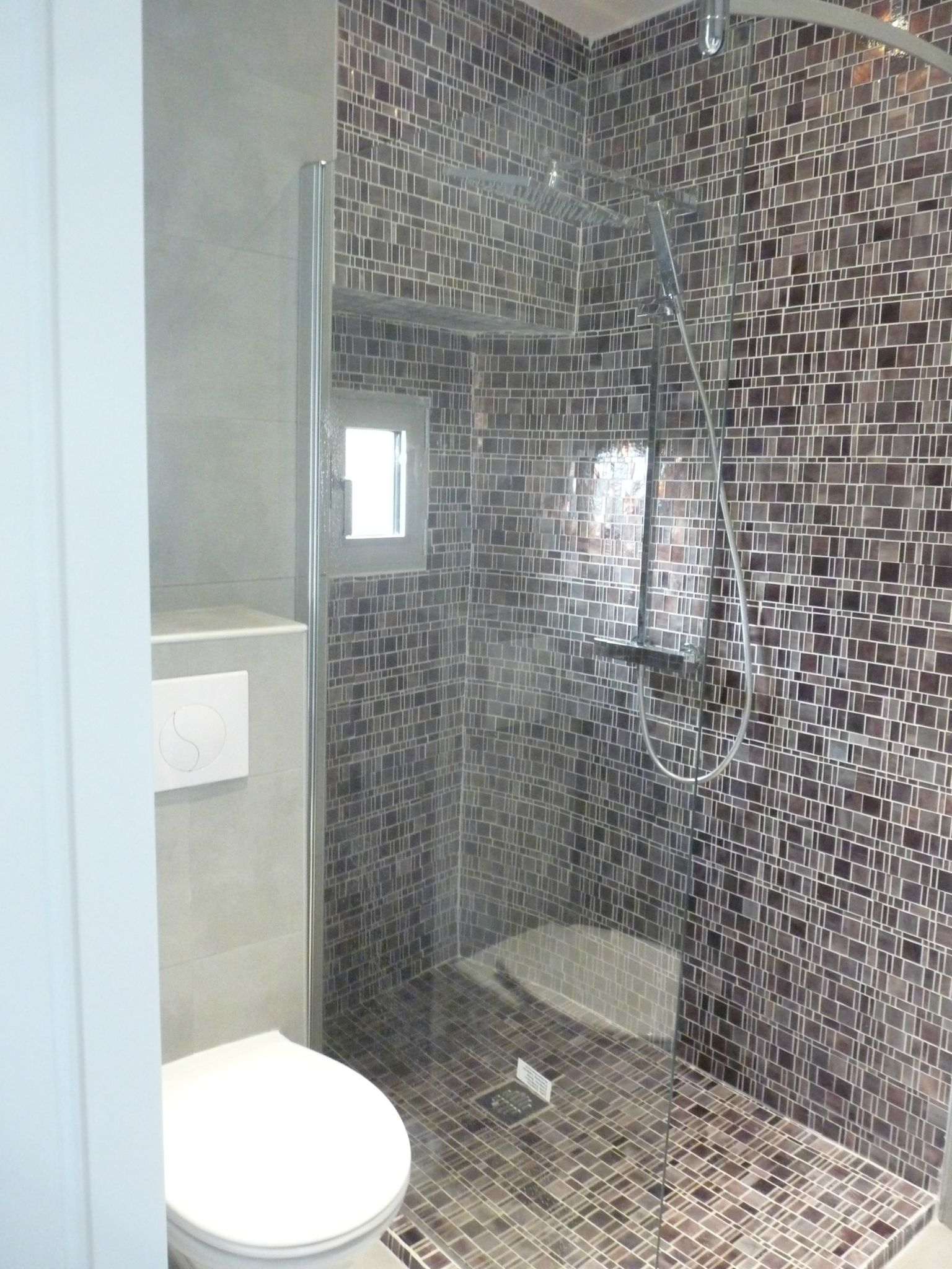 Conception et renovation d 39 une salle de bain stinside architecture d 39 int rieur for Salle de bain occasion tunisie
