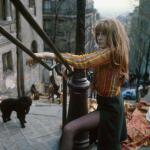 francoise_dorleac-1965-04-montmartre_butte-by_georges_galmiche-tournage_emission_NiFigueNiRaisin-1