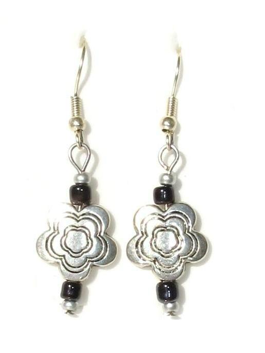 boucles d'oreilles métal fleur2