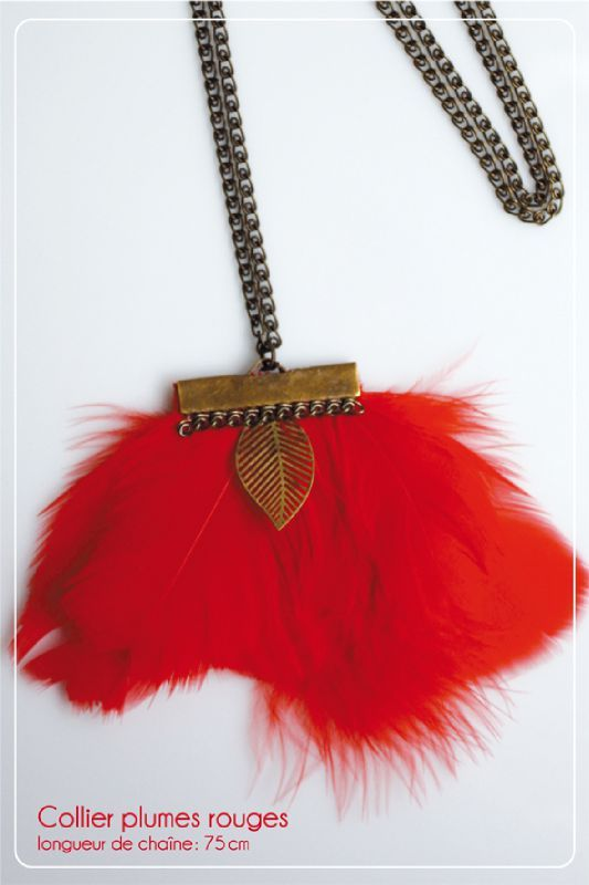 collier-plume-rouge