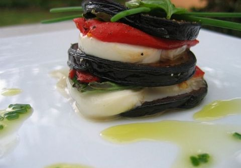 millefeuille de mozzarella et aubergines les trucs de m re edith. Black Bedroom Furniture Sets. Home Design Ideas