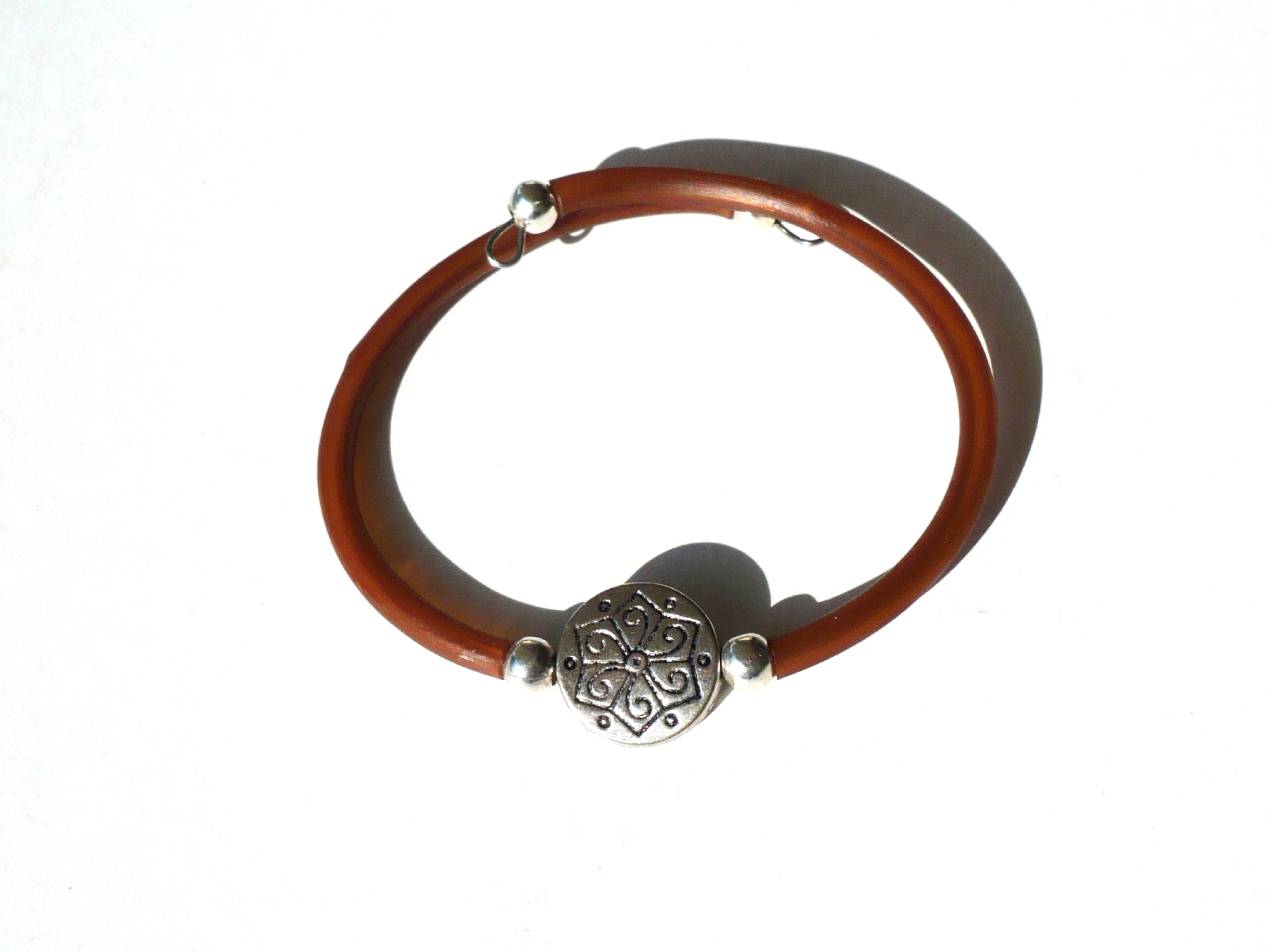 bracelet marron perle celtique