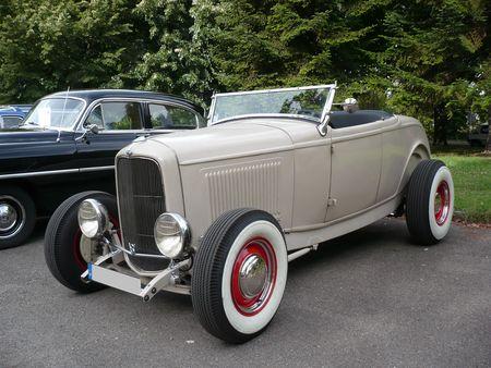 FORD_B_V8_Roadster_Hotrod_1932_Strasbourg___Palais_des_Congr_s__1_