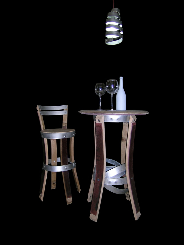 chaises et tabouret de bar chaises haute de cuisine douelledereve. Black Bedroom Furniture Sets. Home Design Ideas