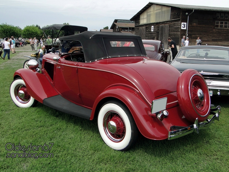 ford-40a-deluxe-roadster-1934-02