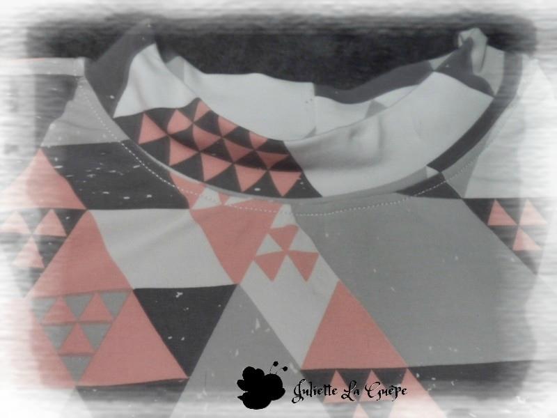perri pullover triangle gris rose 2
