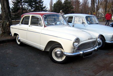 Simca_aronde_P60__toile_super_de_1963_01