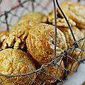Gougères au roquefort & aux noix
