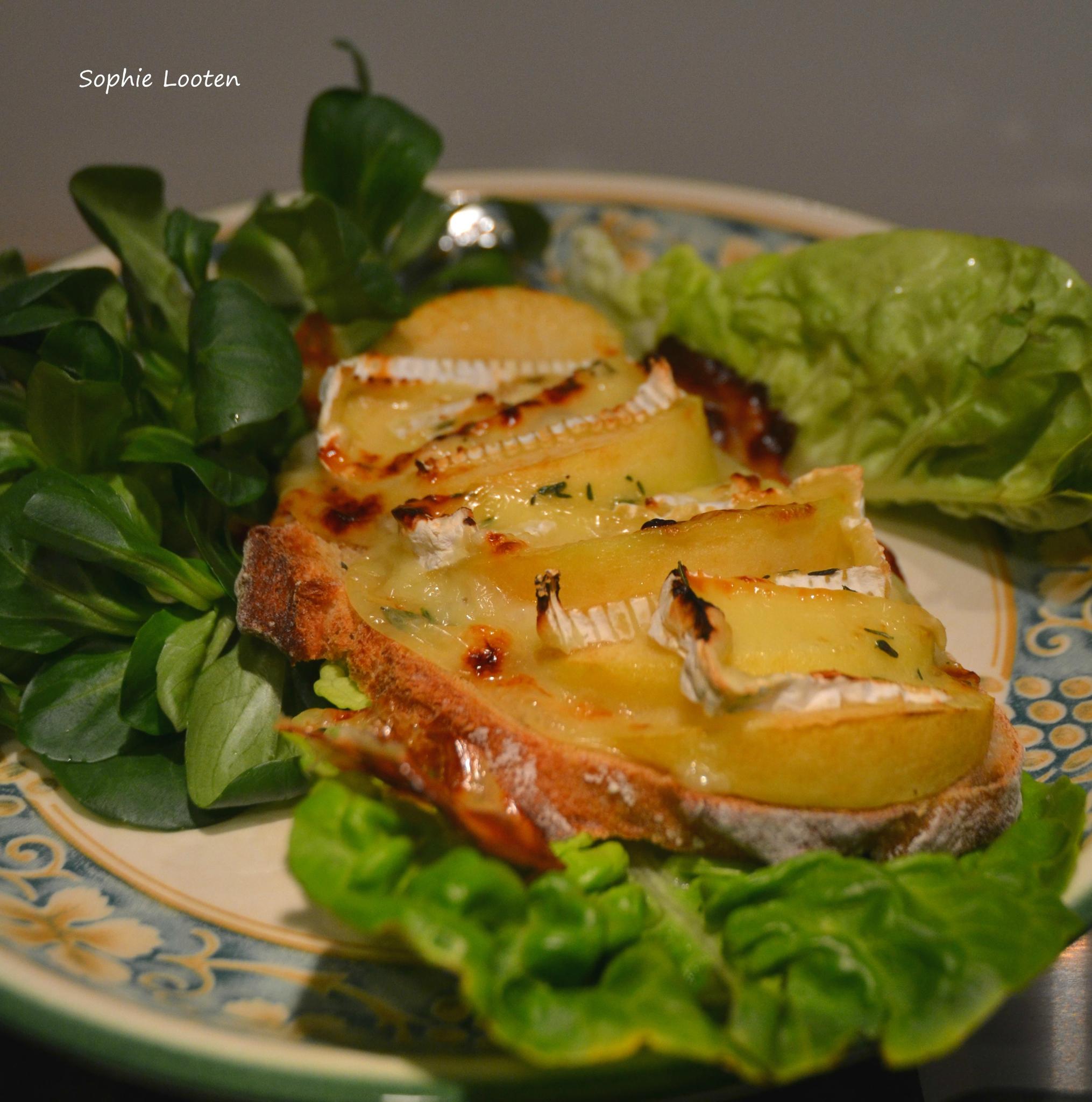 Tartine pomme camembert2