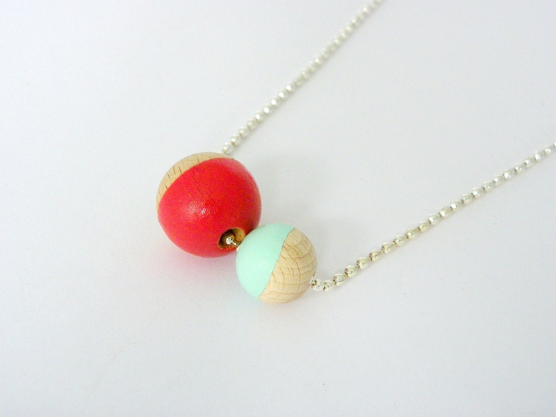 collier corail menthe 1
