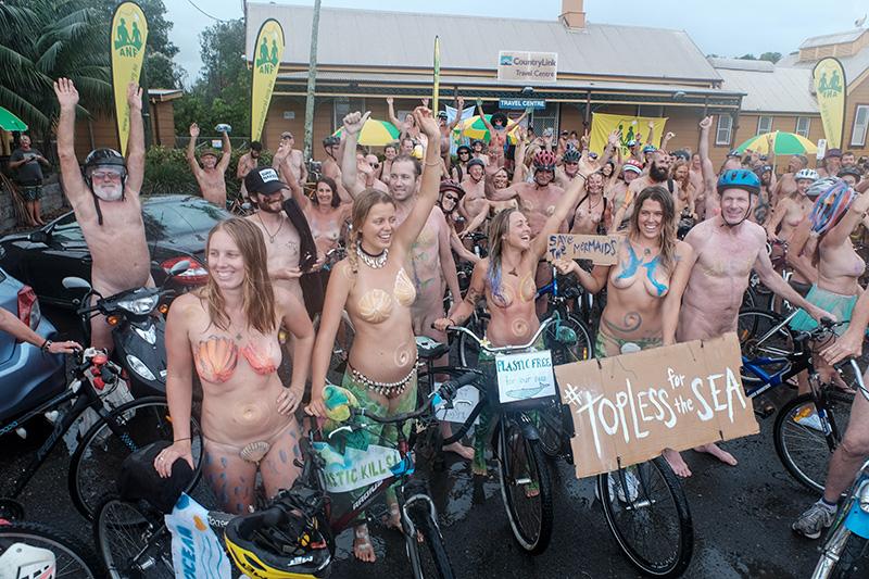 Naked_en_Australie