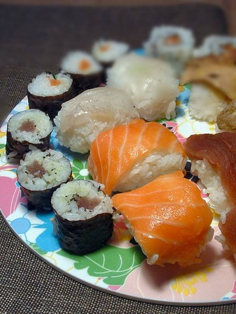 sushis_sal_s_d_tails_2