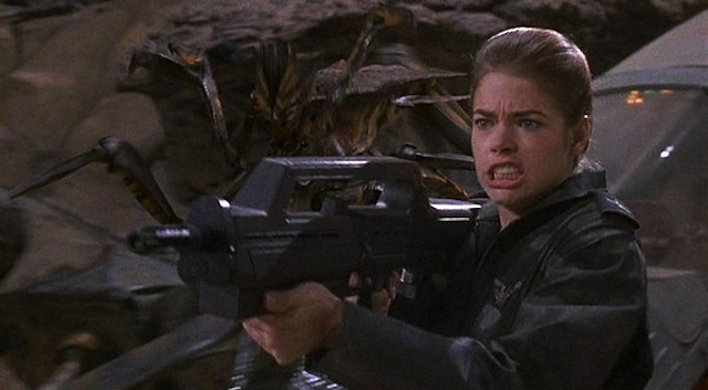 denise-richards-starship-troopers