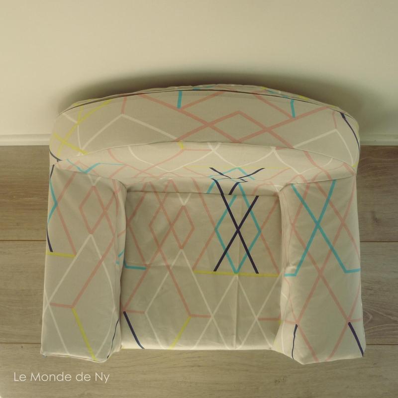 Relooking d 39 un petit fauteuil le monde de ny for Housse fauteuil mousse bebe