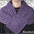 Roselaine 27 écharpe granny lion brand
