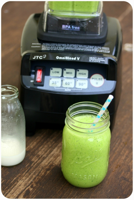 green smoothie lait de noix de cajou chez requia-001