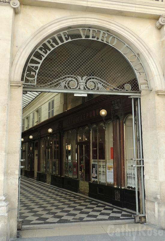 && Galerie Véro-Dodat (1)