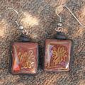 Collection tesselles laquées : les boucles assorties marron et or