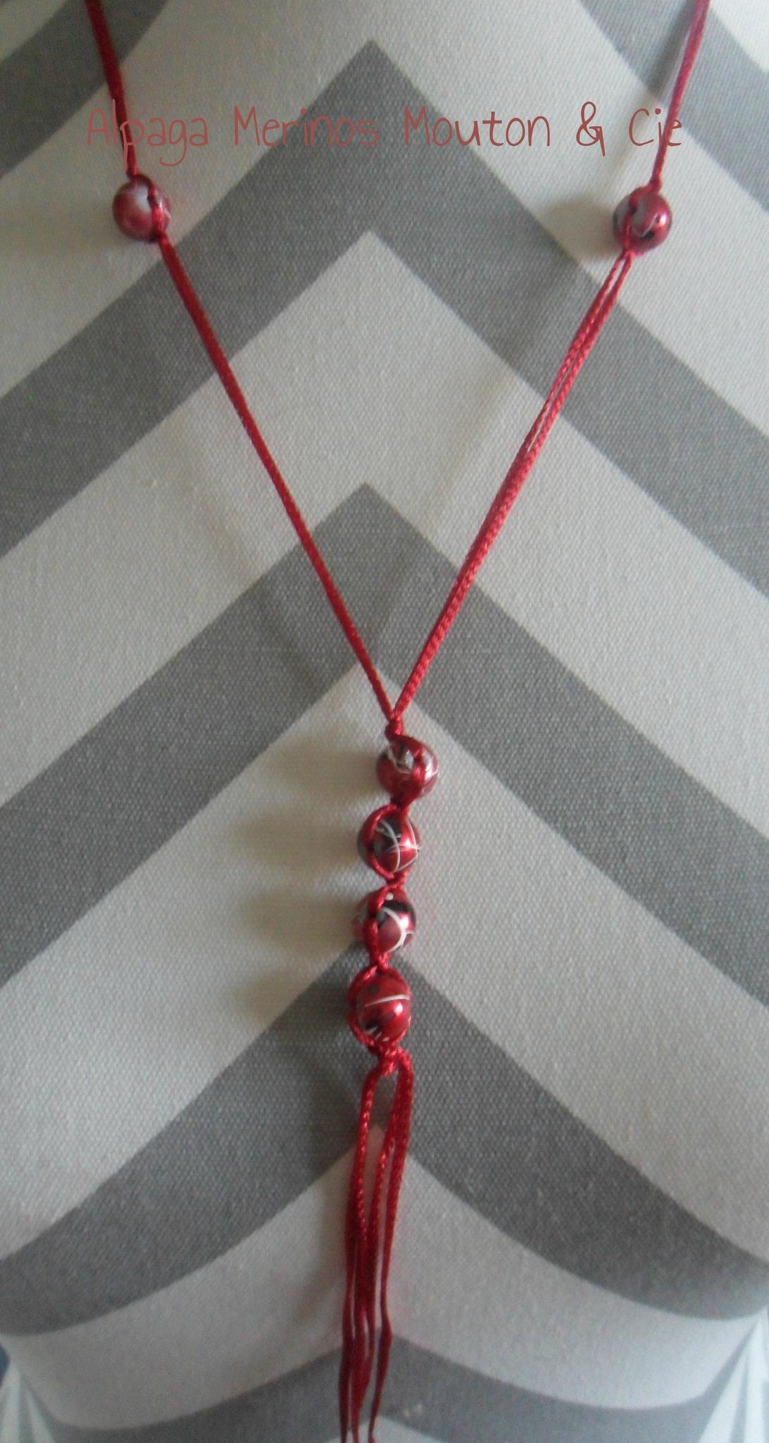 Des colliers par millier