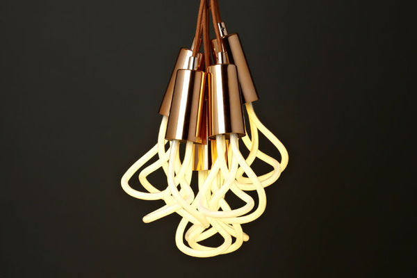 Plumen_Saving_Light_Bulb1_1_
