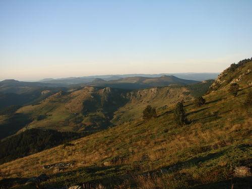 2008 09 08 Paysage vu depuis le sommet du Mont Mézenc