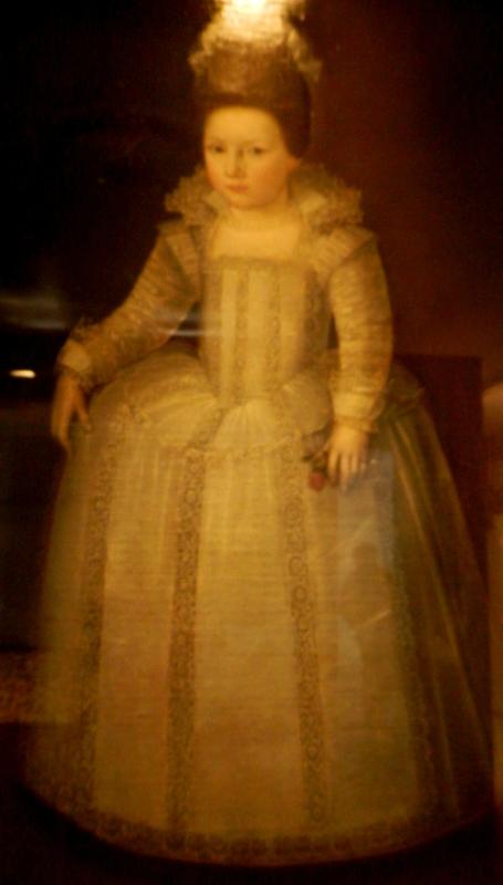 La petite fille à la rose musée dentelles Retournac