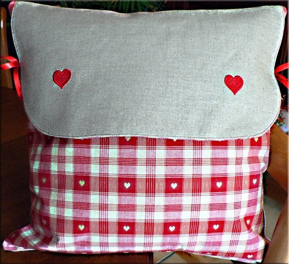 coussin petits coeurs