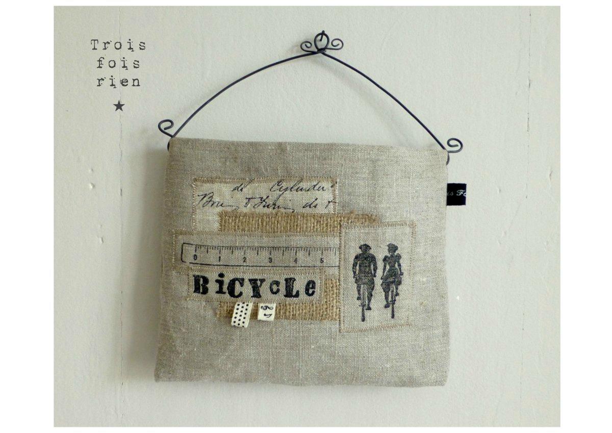 vide poche mural tissu et fil de fer 8 photo de les vide poches muraux trois fois rien la. Black Bedroom Furniture Sets. Home Design Ideas