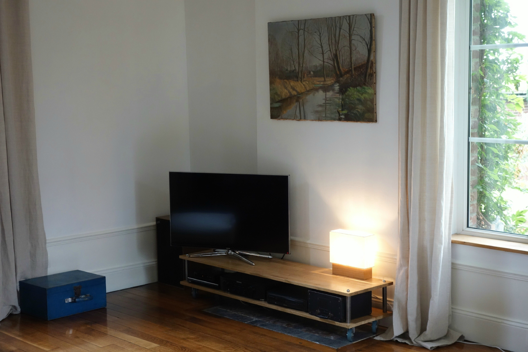 Brocolis bricolons un meuble tv ou une table basse for Meuble tv 1m
