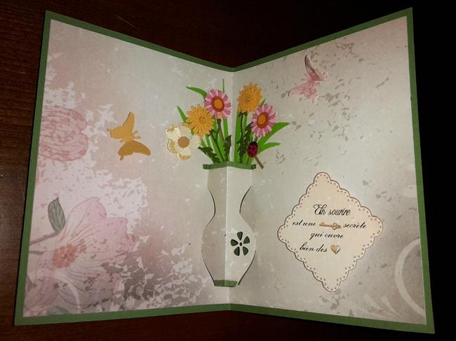 Un p'tit vase de fleurs