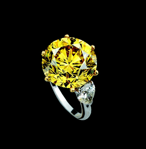 An exceptional coloured diamond ring