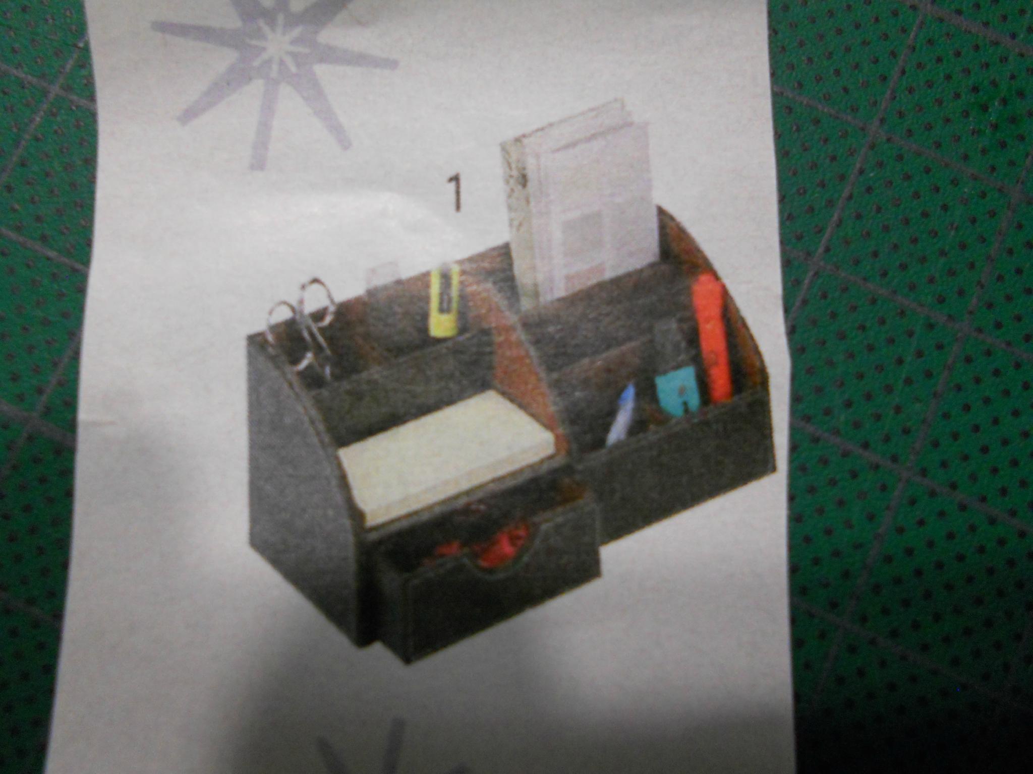 organisateur de bureau d d cartonne. Black Bedroom Furniture Sets. Home Design Ideas
