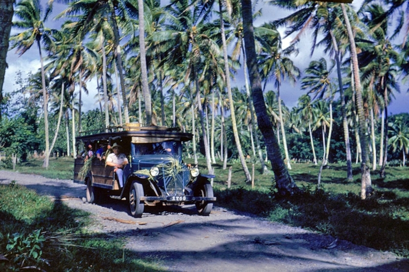 Road-around-Tahiti-truck-Jones-Alan-Churchill-1953