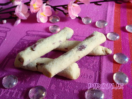 biscuits_cranberries