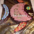 Gâteau recouvert de bonbons