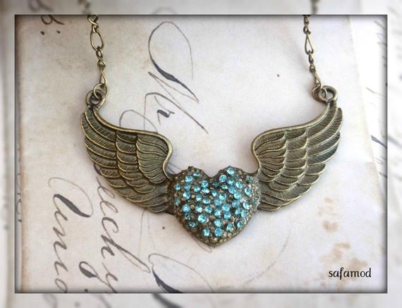 collier-collier-vintage-coeur-aile-bronze