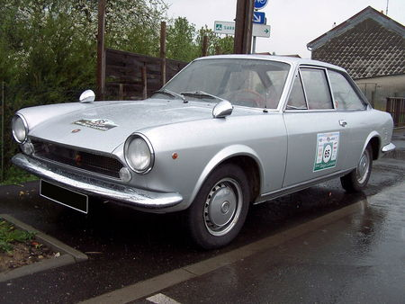 FIAT_124_Sport__1_