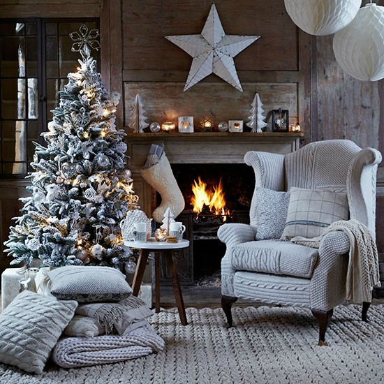 Christmas-living-room-with-knitted-chair-cover-Country-Homes-Interiors-Housetohome_co__uk_