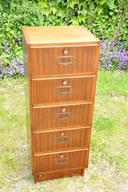 classeur clapets de marque burwood ann es 40 article vendu antiquit s du vingti me. Black Bedroom Furniture Sets. Home Design Ideas