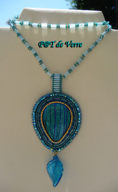 Larme_feuille_Murano_turquoise1