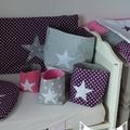 pochons rangement réversibles violet rose vif gris pois étoiles