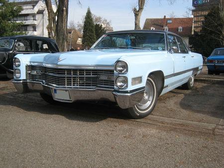 Cadillac_sedan_deville_01